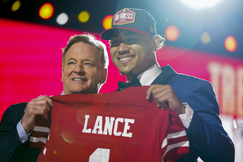 NDSU quarterback Trey Lance goes to 49ers with third pick in NFL draft |  Star Tribune