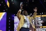 John Randle helped announce the Vikings' third-round picks on Friday>