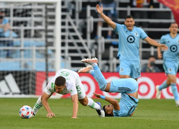 Minnesota United midfielder Emanuel Reynoso has been battling a sore calf muscle and was slowed during the Loons' 1-0 loss to Austin FC on Saturday.