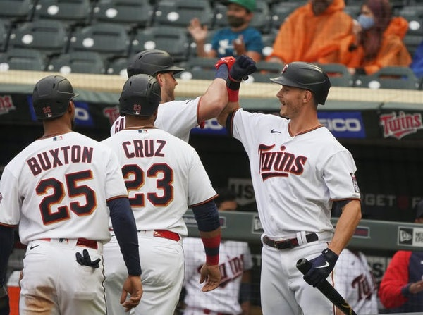 Booming bats return as Twins crush Royals, win first home series of year