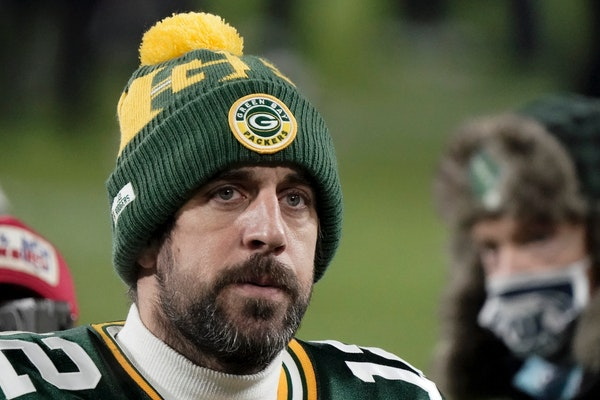 In messy Packers situation, Aaron Rodgers is part of the problem