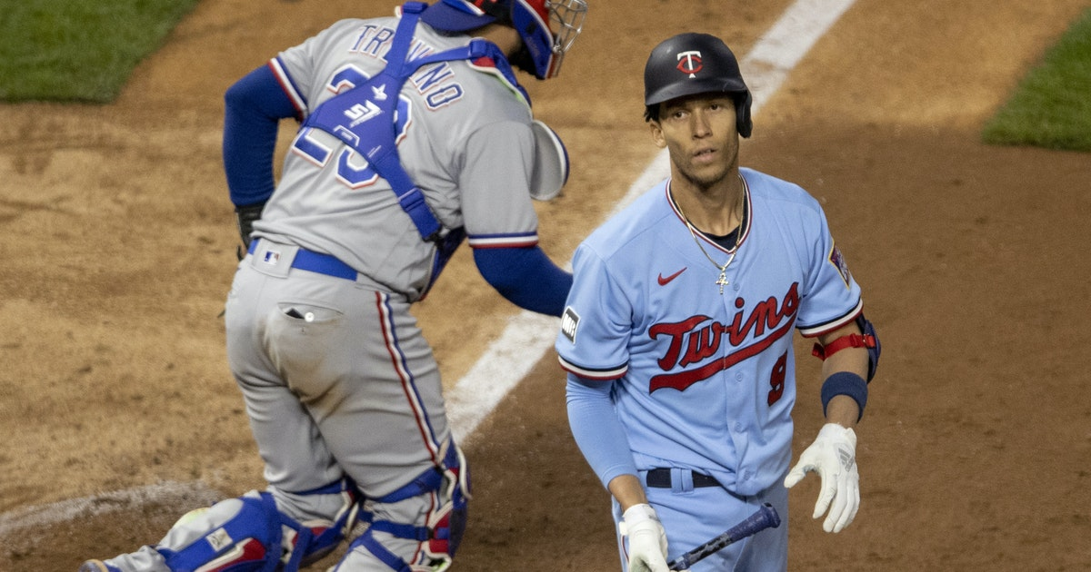 Twins can't capitalize on big opportunity in 3-1 loss to Texas