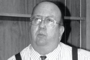 Kent Gardner, who retired in 2006 after a long newspaper career that included 36 years at the Star Tribune, died at 80.