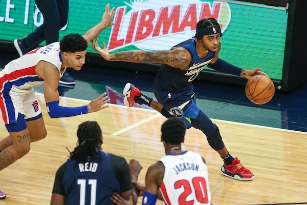 Timberwolves guard D'Angelo Russell drove on Pistons guard Killian Hayes in a Dec. 23, 2020 game at Target Center.