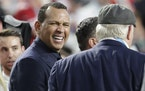 Alex Rodriguez talked with Terry Bradshaw before the Super Bowl in February 2020.