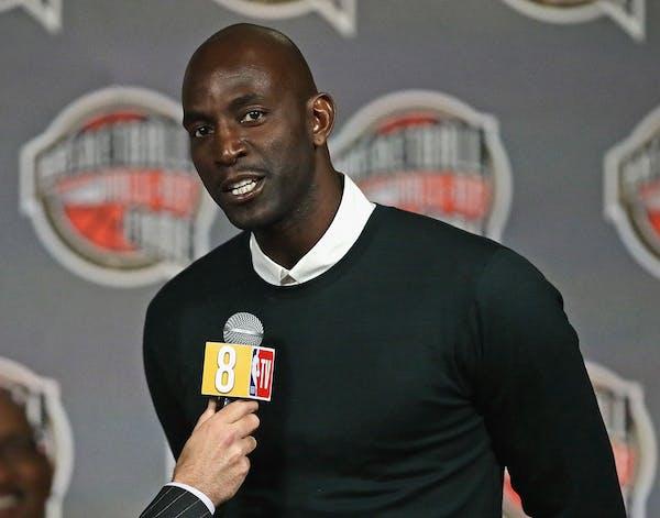 Hall of Fame inductee Garnett changed basketball in Minnesota for good