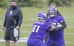 Vikings rookies Evin Ksiezarczyk and Wyatt Davis practiced during rookie minicamp Friday.