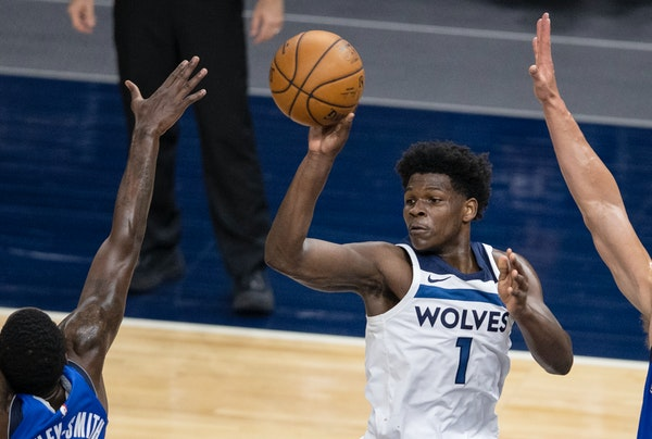 Rookie Edwards exits with a vow: 'I'm ready to go to the playoffs'