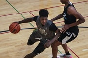 Demarion Watson-Saulsberry played for the Grassroots Sizzle during the Minnesota Showcase tournament in Bloomington.