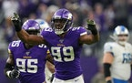 Danielle Hunter has reportedly told the Vikings he will attend minicamp this week.