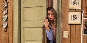 """Annie Murphy breaks from sitcom norms in """"Kevin Can [Expletive] Himself."""""""