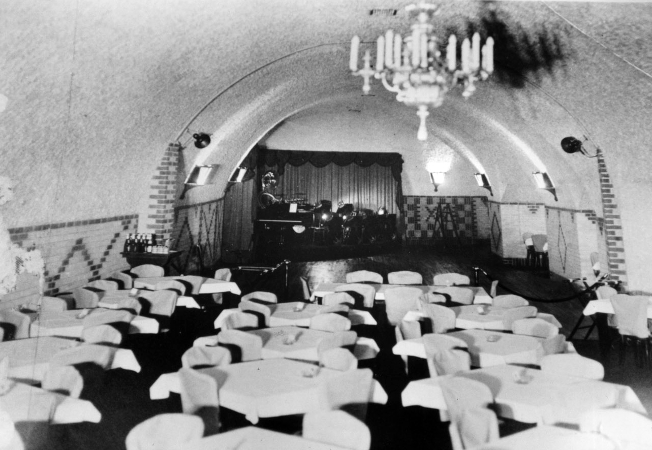 A 1930s photo of the Castle Royal nightclub in the Wabasha Street Caves.