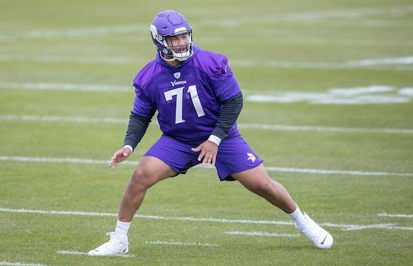 Vikings rookie Christian Darrisaw