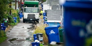 The first day of organized trash collection in St. Paul in 2018 went smoothly. (Star Tribune file photo by Glen Stubbe)