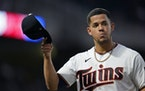 Minnesota Twins starting pitcher Jose Berrios (17) tipped his hat to the fans after being taken out of the game in the seventh inning. ] LEILA NAVIDI