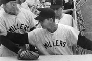 "PAUL SIEGEL – STAR TRIBUNE Gene Mauch ""tells off"" a disturbing fan. 1959 file photo"