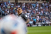 Minnesota United's Franco Fragapane hit the ball wide during the second half against San Jose on Saturday.