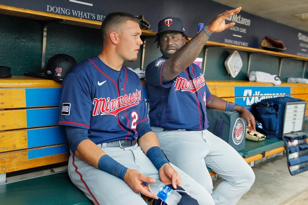 Twins' mistakes plentiful as Tigers win 7-0 for weekend sweep