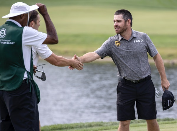 Louis Oosthuizen shook hands with players after a Wednesday morning pro-am at the 3M Open in Blaine.