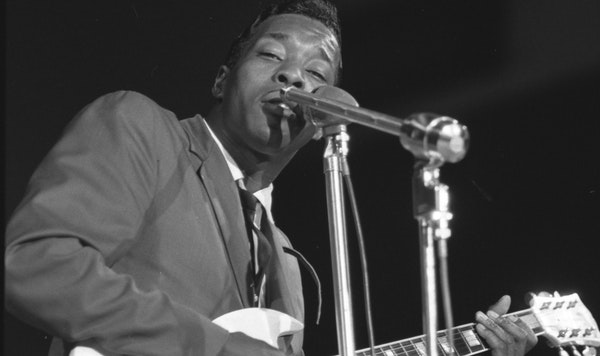 Buddy Guy performed at the Modern Chicago Blues Styles show in 1966.