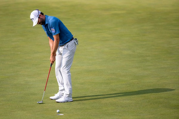 Adam Hadwin made a putt at the ninth hole Friday at the 3M Open.