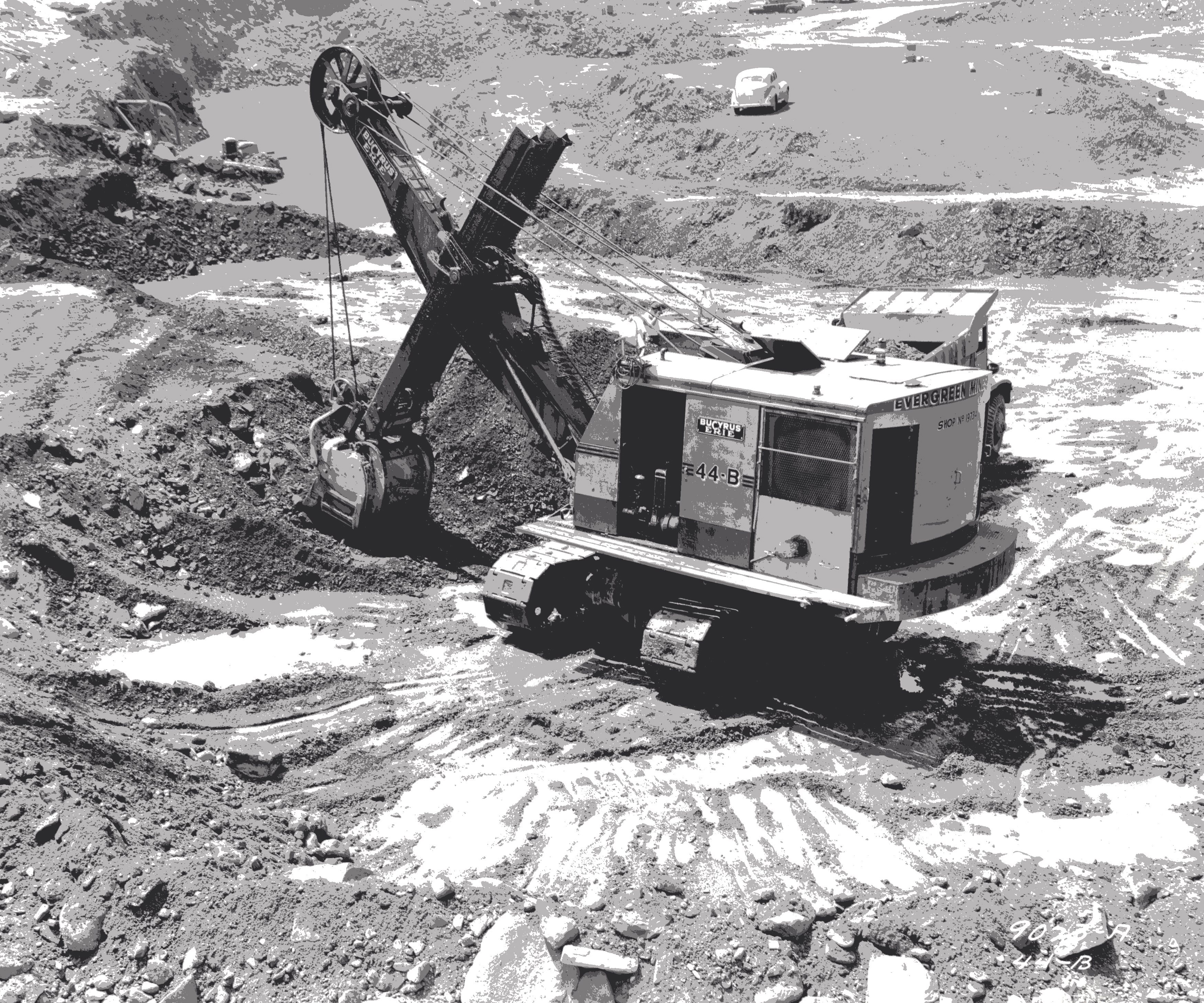An excavator worked the Portsmouth mine. Date unknown.