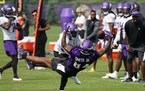 Tight end Irv Smith .had a strong afternoon in the Vikings' third practice of camp Friday.
