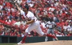 Cardinals veteran Adam Wainwright delivered seven solid innings against the Twins on Sunday.