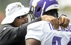 Vikings defensive line coach Andre Patterson spoke with Dalvin Tomlinson last week at training camp.