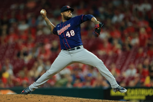 Alexander Colome picked up the save on Tuesday in the Twins' victory in Cincinnati.