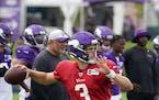 Vikings quarterback Jake Browning.