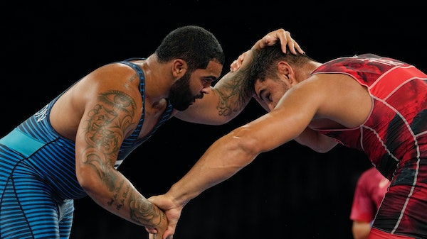 'Young cat' Steveson pounces on first two opponents in Olympic wrestling