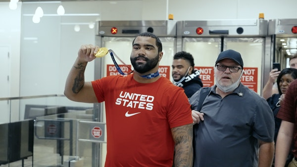 Gable Steveson welcomed home after winning Olympic Gold