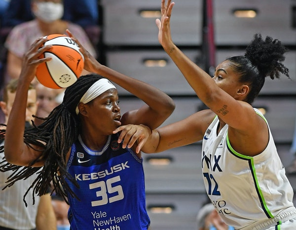 Reeve cries foul about officials after Lynx lose second straight to Sun