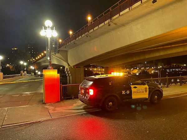 St. Paul police responded early Sunday to a report of a robbery and a shooting on Raspberry Island. The victim later died at Regions Hospital.