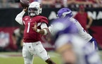 Arizona Cardinals quarterback Kyler Murray (1) throws against the Minnesota Vikings during the second half of an NFL football game, Sunday, Sept. 19,