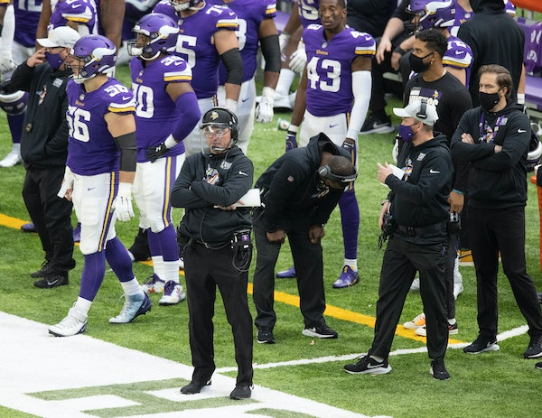 Minnesota Vikings head coach Mike Zimmer and staff reacted after giving up a 40 yard touchdown pass to Atlanta Falcons wide receiver Julio Jones (11).