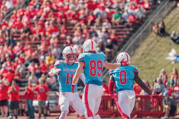 St. John's and Bethel open a new era in MIAC football