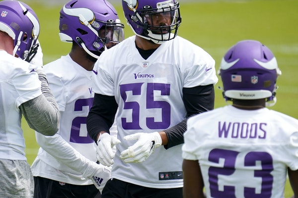 Vikings linebacker Anthony Barr (55) during an offseason workout.