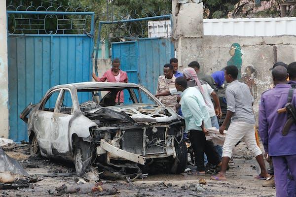8 dead as al-Shabab claims blast in Mogadishu