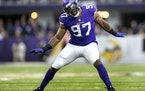 Vikings defensive end Everson Griffen celebrated a third-quarter sack of Seahawks quarterback Russell Wilson that swung Sunday's game back in the Vi