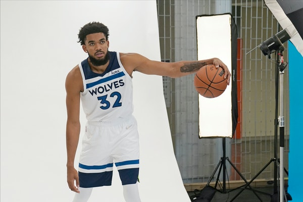 Can Towns block out instability, put Timberwolves on his back?