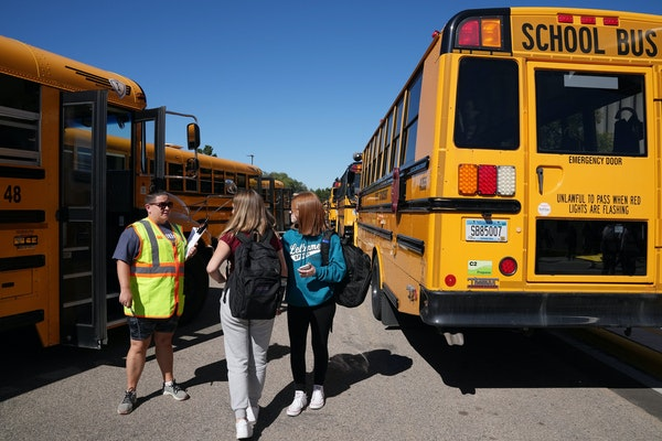 The number of school buildings with COVID-19 outbreaks increased to 233 this week among 2,500 school buildings statewide, the Minnesota Department of