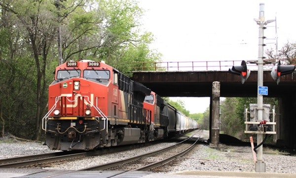The Soo Green Line would run through Iowa and Illinois along the Canadian Pacific right of way.