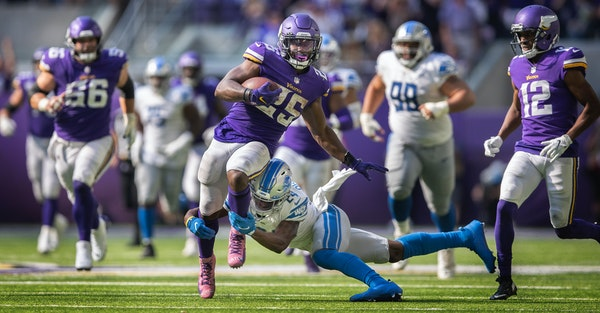 Alexander Mattison had a 48-yard run in the third quarter of the Vikings' win over the Lions.