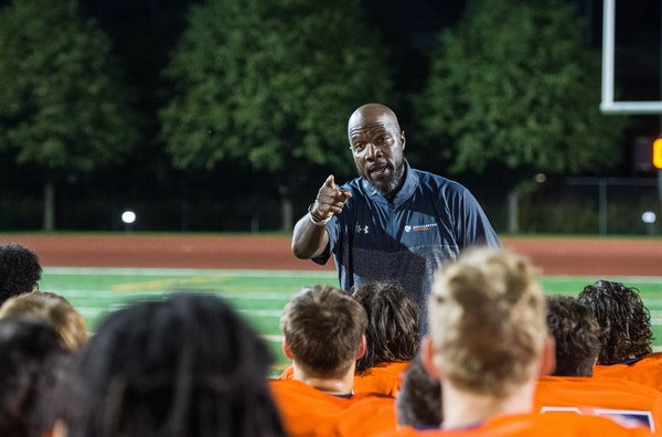 After 11 jobs in 10 states, Macalester's Ware set to 'make this thing go'