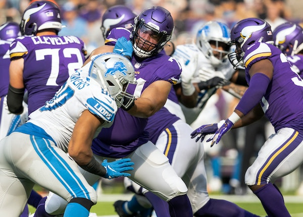 Vikings rookie Christian Darrisaw played 28 snaps at left tackle against Detroit.