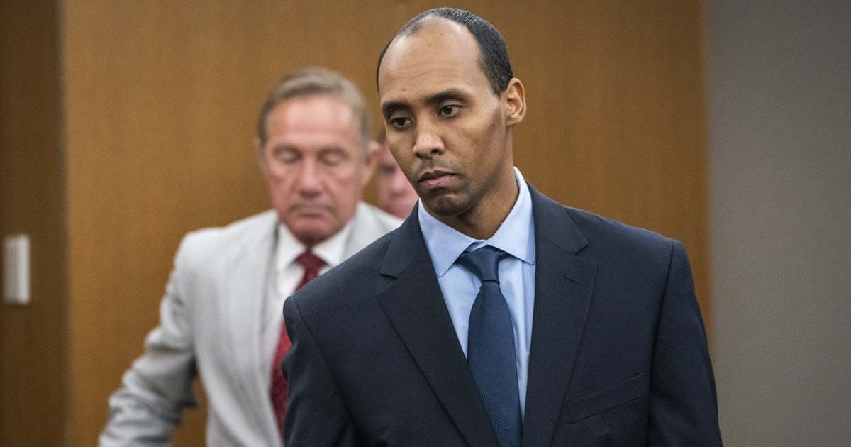 Judge resentencing ex-officer Mohamed Noor is asked to choose between 10 years or release from prison